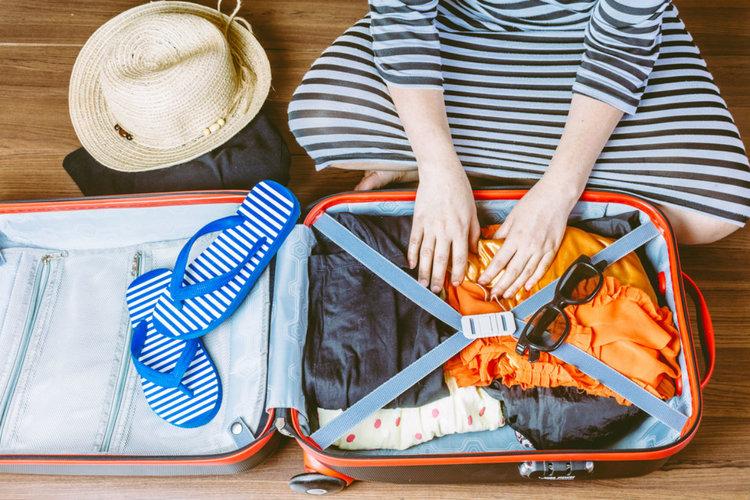 como arrumar bagagem de mão para viagens curtas